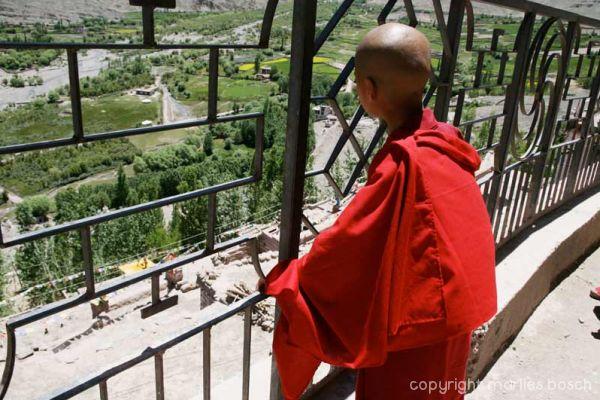 2010-nuns-ladakh-007
