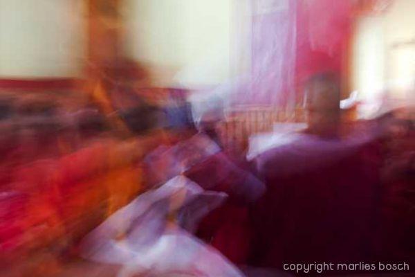 2011-nuns-abstract-017