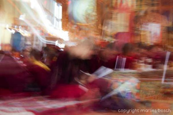 2011-nuns-abstract-019